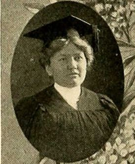 1916 photo of Carrie Rice Goyen at Univ of Texas Austin as a nurse